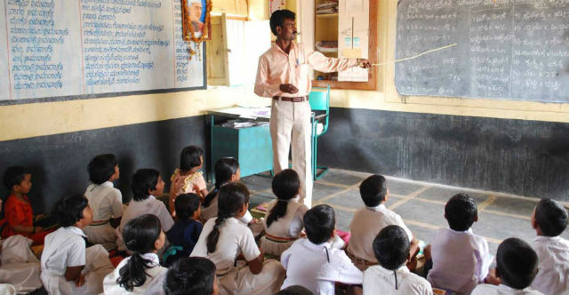 CAN UNIVERSAL EDUCATION SECURE WORLD PEACE ? –  Gomathy Venkateswar