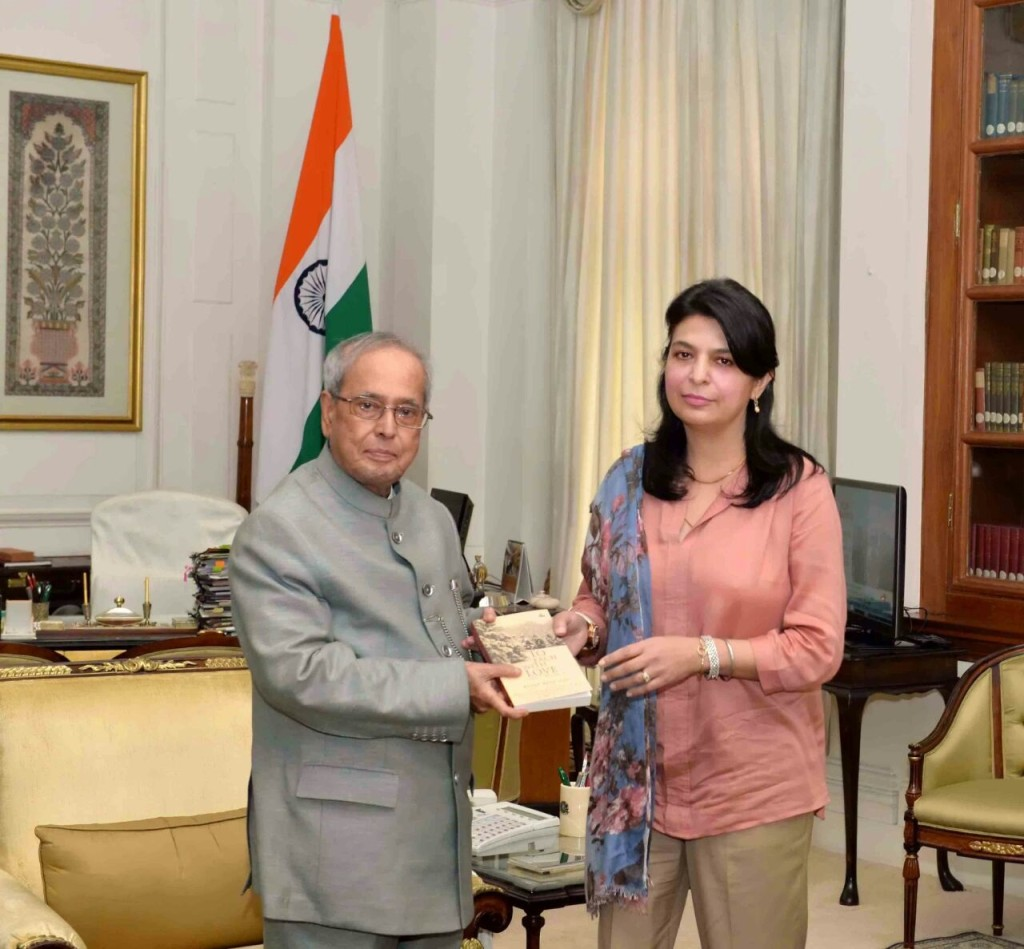 Dr Renee Ranchan presenting her book, To Each With Love, to the Hon'ble President of India Mr Pranab Mukherjee.
